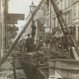 Очень красиво в 1890-х годах в Швеции (Стокгольм) укладывали кабель в землю.