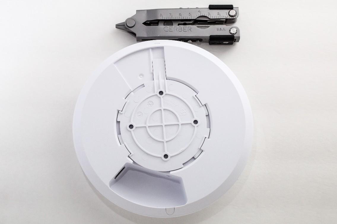 UAP-AC-LR, вид с обратной стороны